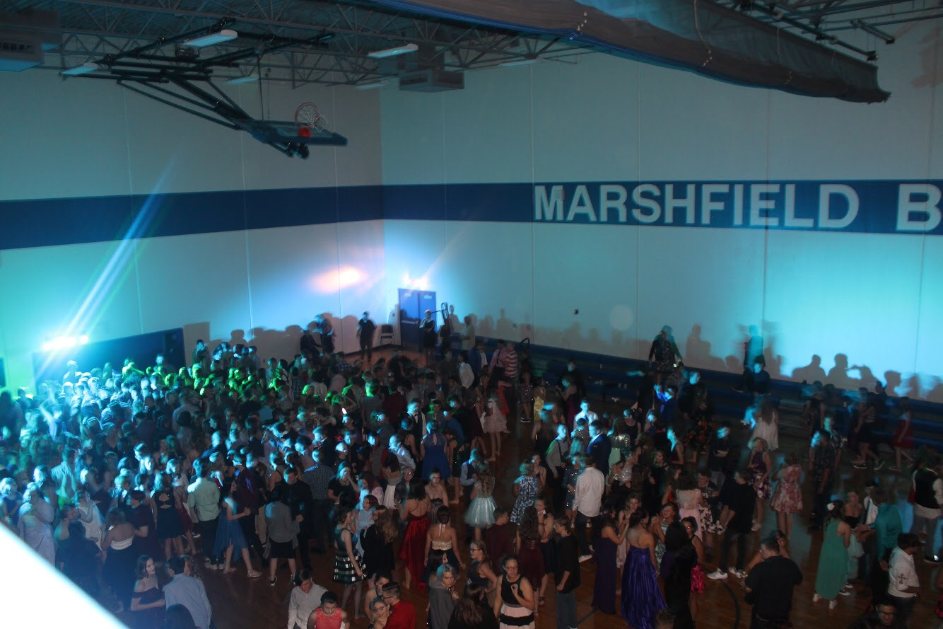 Everybody is dancing and having a blast at the greatest hoco!