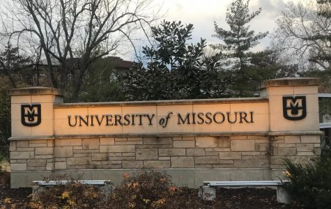 Students Tour MU Campus